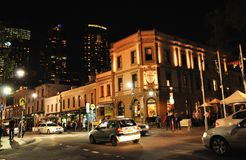 Nocy fotografia skały jest miastowym miejscowością, turystycznym dzielnicą i historycznym terenem Sydney ` s centrum miasta, obraz stock