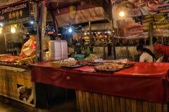 Nocy jedzenia rynek w Pattaya Zdjęcie Stock