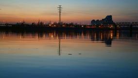 Nocy linii horyzontu rzeki miasto zdjęcie wideo