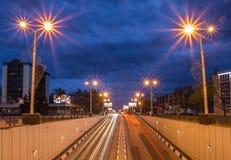 Nocy miasta odbicie na rzece fotografia royalty free