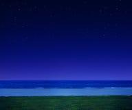 Nocy plaża z gwiazdami Obraz Stock