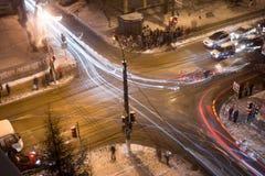 Nocy rozdroże w zimie zdjęcie stock