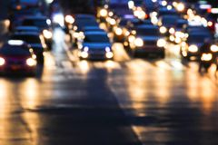 Nocy ruch drogowy Zdjęcia Royalty Free