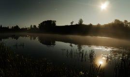 Nocy rzeka, shooting stars zdjęcia royalty free