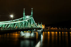 Nocy scena Elisabeth most w Budapest Fotografia Stock