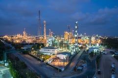 Nocy scena fabryka chemikaliów Zdjęcie Royalty Free