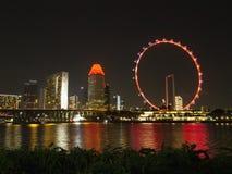 Nocy scena Singapur ulotka przy Marina zatoką zdjęcia royalty free