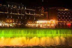 Nocy sceneria Phoenix miasteczko (Fenghuang antyczny miasto) Obraz Stock
