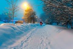Nocy zimy miasta scena Fotografia Royalty Free
