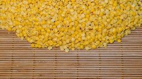 Nodo delle lenticchie gialle Fotografie Stock