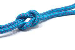 Nodo di scogliera su una corda blu Immagine Stock Libera da Diritti