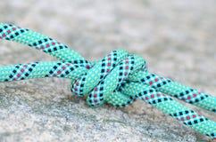Nodo su una corda rampicante Fotografia Stock