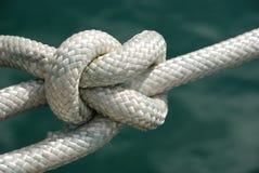 Noeud dans la corde Images stock