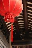 Noeud et lanterne chinois Photo stock