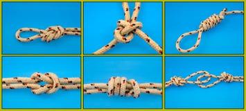 Noeuds attachés sur le bleu Photographie stock libre de droits