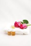 Nog ontsproten van de bloem met essentiële olie Royalty-vrije Stock Foto's