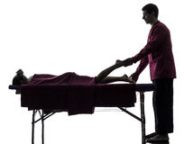 Noga cieków masażu terapii sylwetka obraz stock