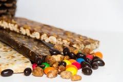 Noga met honing en pinda's en geglaceerde pinda's Stock Foto