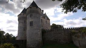 NOGENT-LE-ROTROU, FR - 23 AUGUSTUS 2018: Château des comtes du Perche stock video