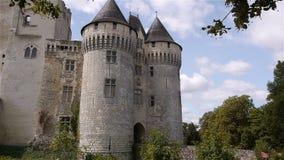 NOGENT-LE-ROTROU, FR - 23 AUGUSTUS 2018: Château des comtes du Perche, buitenkant stock videobeelden
