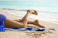 Nogi piękna kobieta Zdjęcia Royalty Free