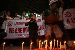 Noi campagna non impaurita dopo lo scoppio di Jakarta Fotografie Stock Libere da Diritti