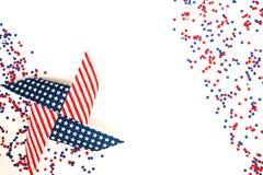 Noi festa dell'indipendenza, il 4 luglio, Giorno dei Caduti, patriottismo e veterani, la festa del paese, bandiere e bianco--b di Immagine Stock