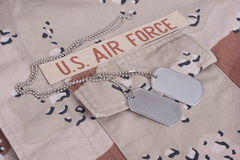 Noi uniforme dell'aeronautica con le medagliette per cani Fotografie Stock
