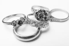 Noir et blanc de bague à diamant Photo stock