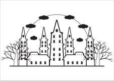 Noir et blanc du château d'horreur avec l'arbre mort Photographie stock