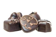 Noir et plan rapproché d'assortiment de chocolat du lait Photo libre de droits