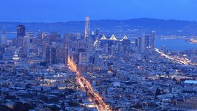 Noite ao timelapse da bandeja do dia de San Francisco 4K video estoque