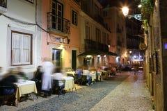 Noite as ruas de Lisboa velha Fotos de Stock Royalty Free
