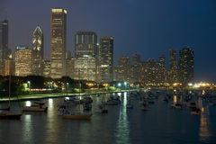 Noite Chicago imagem de stock royalty free