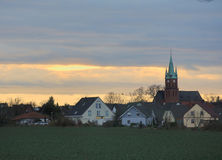 Noite Cloudscape sobre Ottersleben Imagem de Stock Royalty Free