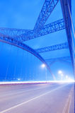 Noite da ponte imagens de stock