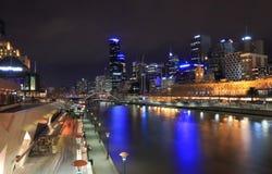 Noite da skyline de Melbourne Fotografia de Stock