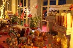 Noite da tabela dos doces do partido fotos de stock