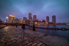 Noite de Boston na chuva fotografia de stock royalty free