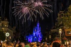 Noite de Disney Orlando Castle fotografia de stock