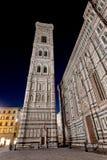 Noite de Santa Maria del Fiore Florence Firenze Tuscany Itália dos di da basílica do domo Imagens de Stock Royalty Free
