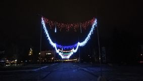 A noite 2018 do ano novo ilumina Ucrânia Sumy foto de stock royalty free