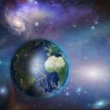 Noite do Dia da Terra no espaço Imagens de Stock Royalty Free