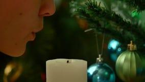 Noite do Natal Funda para fora a vela video estoque