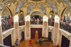 Noite dos museus em Bucareste - George Enescu National Museum imagens de stock royalty free