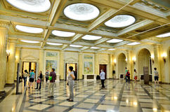 Noite dos museus em Bucareste - Museu Nacional de arte de Roménia Imagem de Stock
