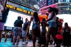 Noite dos Times Square de New York City 4 Fotos de Stock Royalty Free