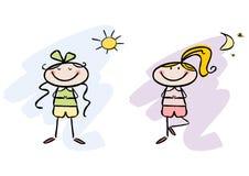 Noite e dia da ioga: Meninas felizes que fazem a ioga Imagens de Stock