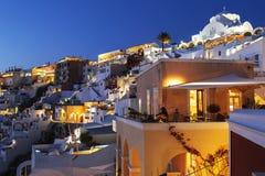 A noite em Fira é a capital de Santorini Foto de Stock