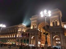 Noite em Milão foto de stock